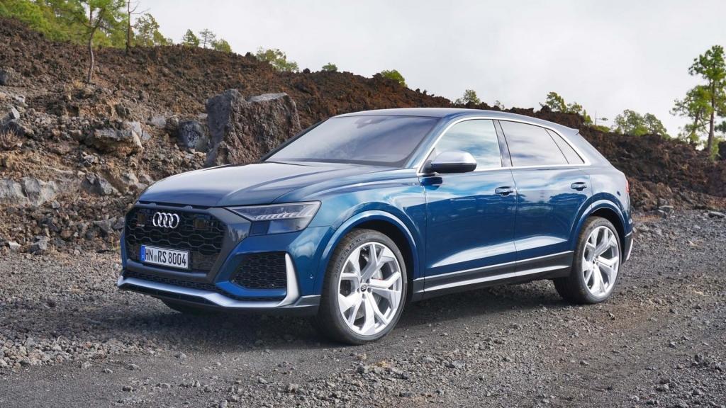 2021 Audi RS Q8 Images