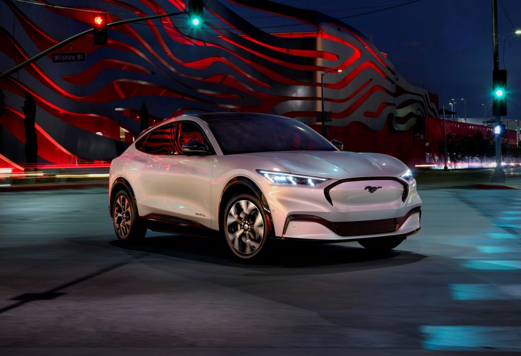 2021 jaguar ipace engine